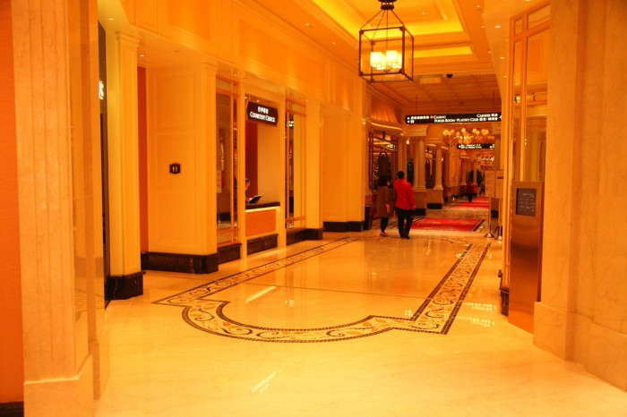 CasinoEntrance_IMG_8594-w1800-h1000